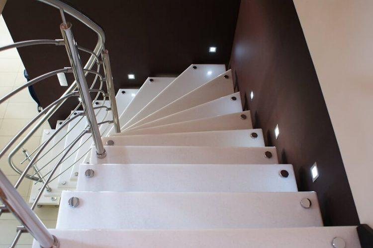 schody-wewnetrzne-marmurowe-1