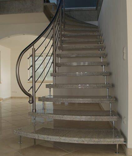 schody-wewnetrzne-marmurowe-12