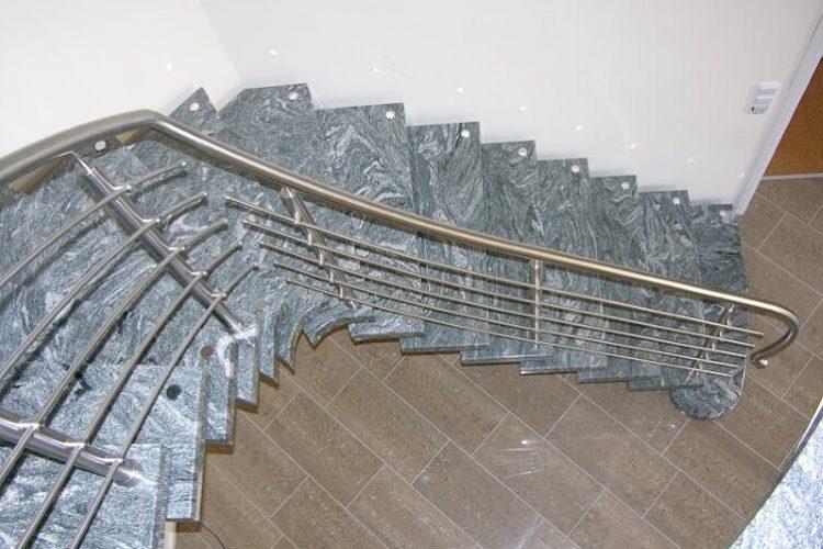 schody-wewnetrzne-marmurowe-13
