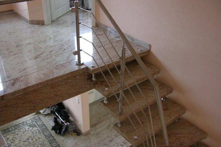 schody-wewnetrzne-marmurowe-15