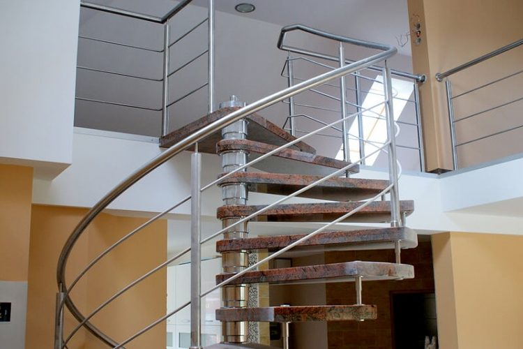 schody-wewnetrzne-marmurowe-16
