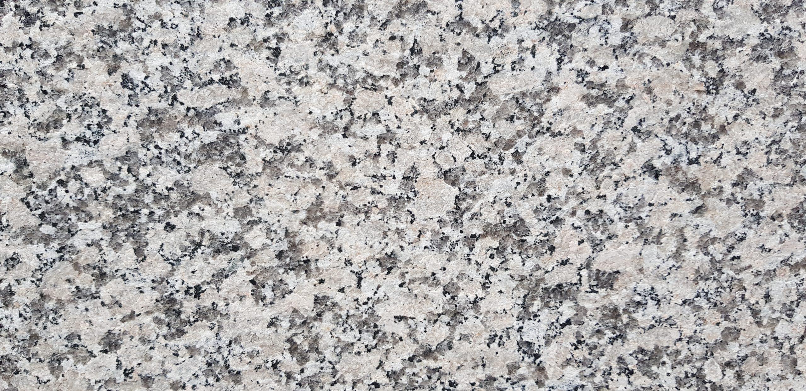Granit Crema Julia